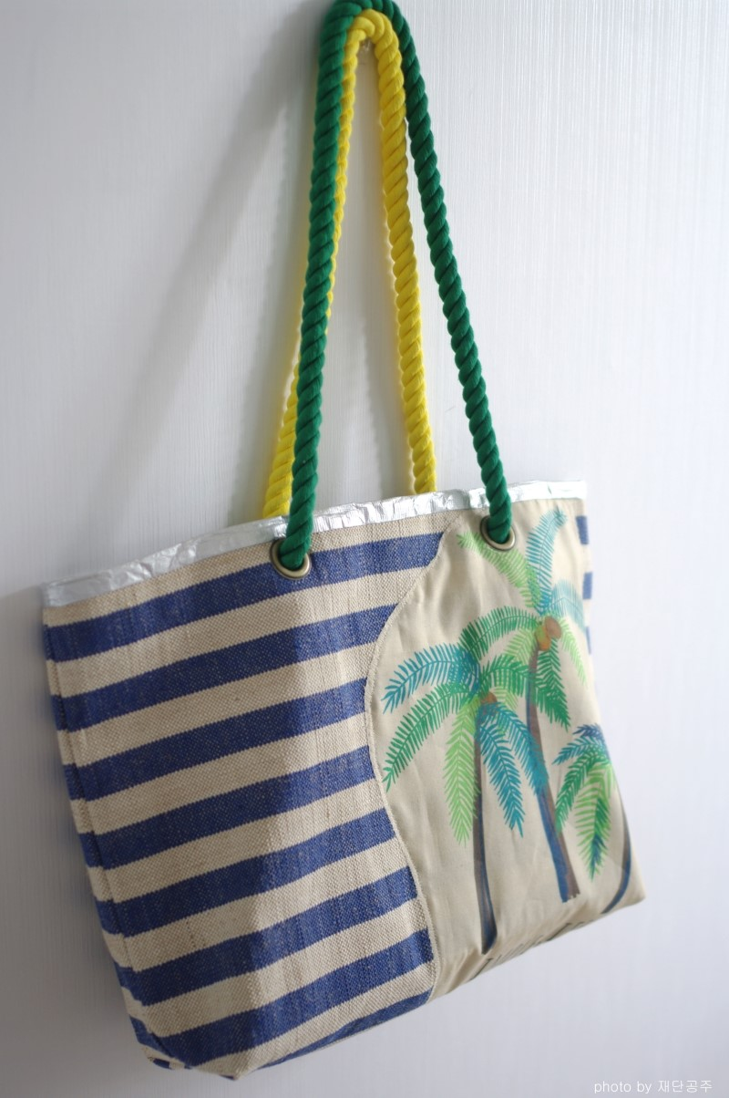 Sewing tutorial for Large Beach Bag / Tote DIY
