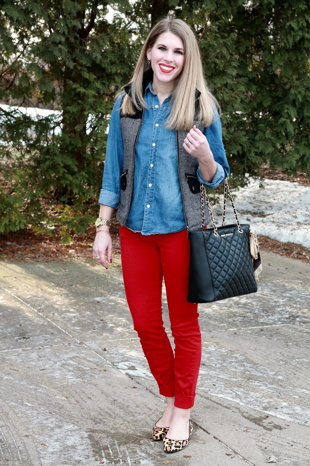 chambray button up, herringbone vest, red jeans, leopard flats, Greg Michaels black quilted tote