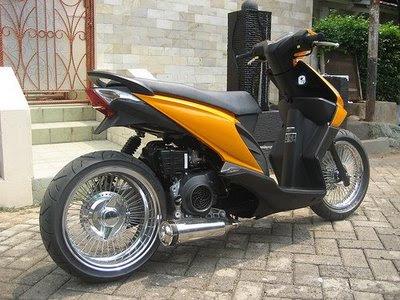 Honda Beat modifikasi.jpg
