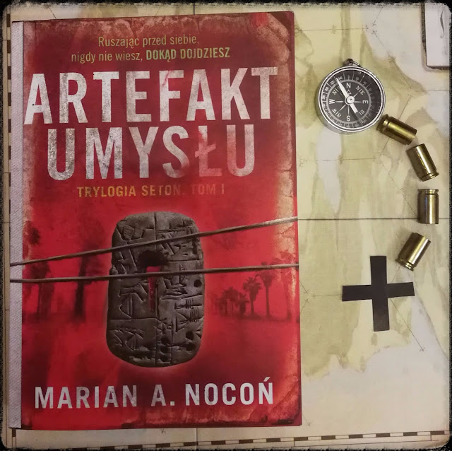 artefakt-umysłu-księgozbiór-recenzja