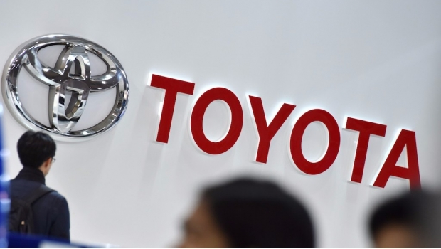 Japón defiende a Toyota de los ataques de Donald Trump