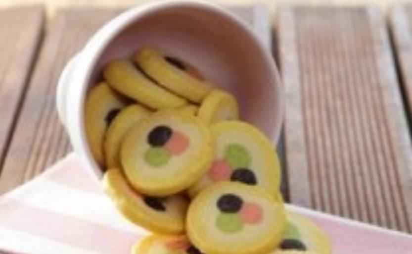 Resep Kue Polkadot Frozen Cookies Yang Enak Spesial