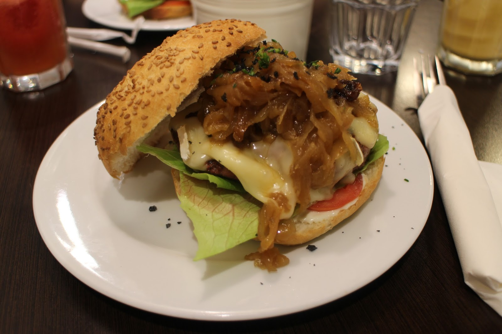 Burgers With Le Coq & The Burg | Barcelona