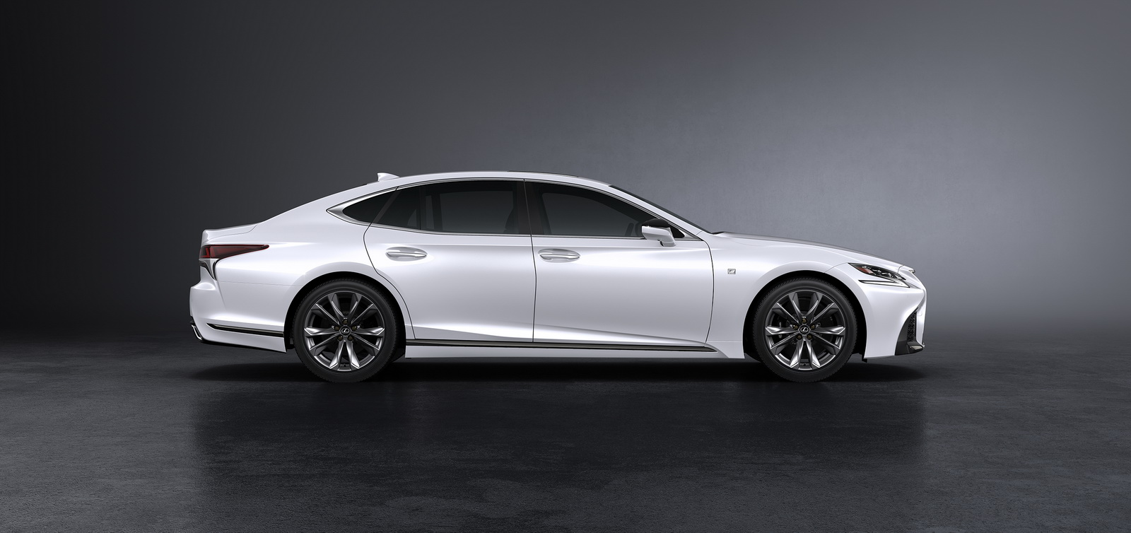 Lexus-LS500-FSport-04