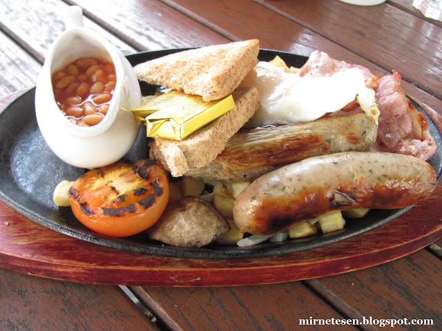Настоящий британский завтрак