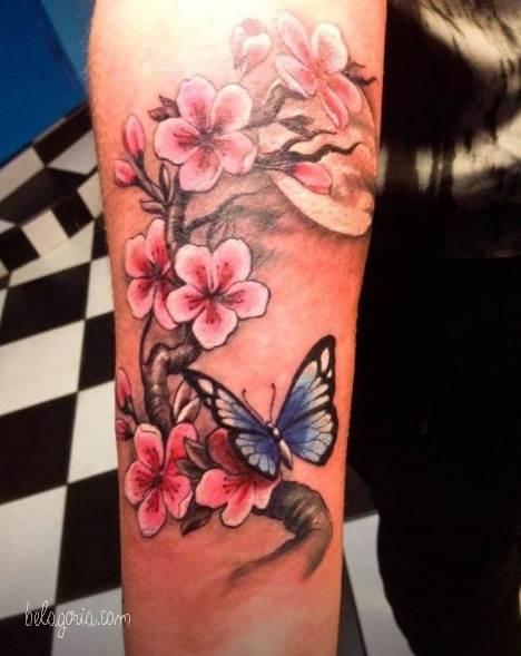 110 Tatuajes De Flores Mariposas Y Enredaderas Que Son Una Locura