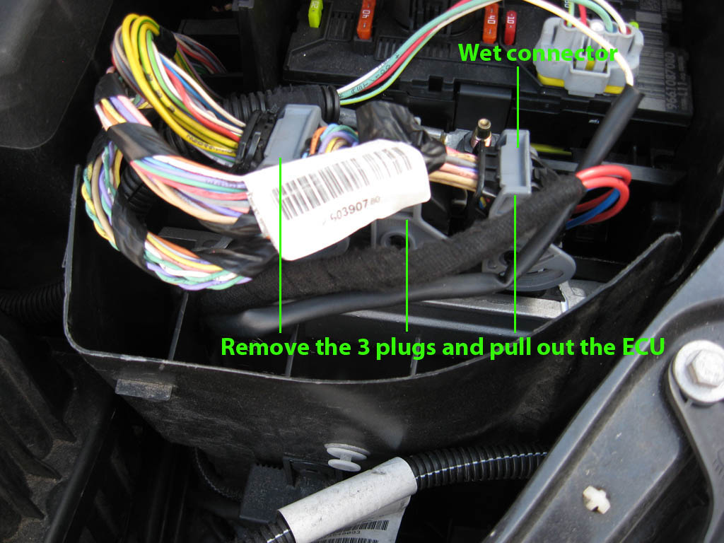 Peugeot 307cc fixes: 307cc waterlogged ECU fix