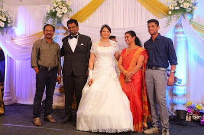 Tamil Movies Music Composer Simon Wedding Reception Stills (2)