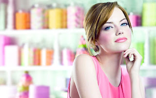 Emma Stone Pink Tones Make up and Dress HD Wallpaper