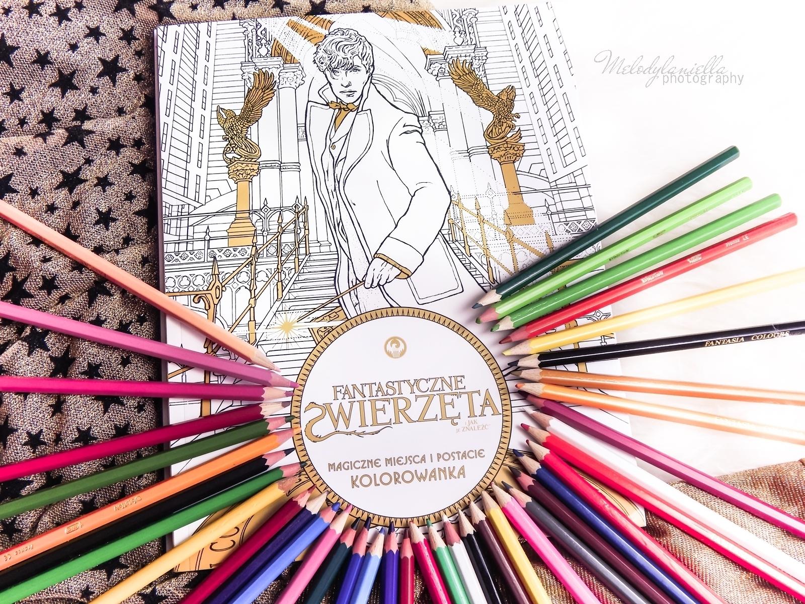 11  Konkurs ! Do wygrania 6 kolorowanek Fantastyczne zwierzęta i jak je znaleźć Magiczne zwierzęta kolorowanka oraz Magiczne miejsca i postacie kolorowanka. HarperCollins. Melodylaniella harry potter