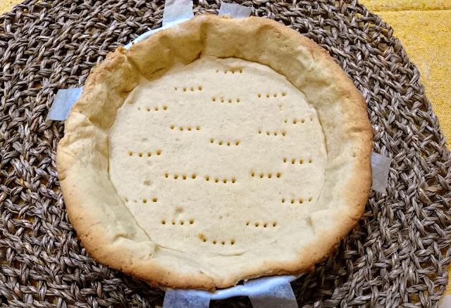blind baked vegan pastry for Apple Pie
