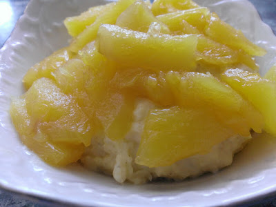 Zdrowy deser z kaszy jaglanej i ananasa