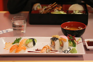 Resiko Makan Sushi Bagi Ibu Hamil. Amankah?