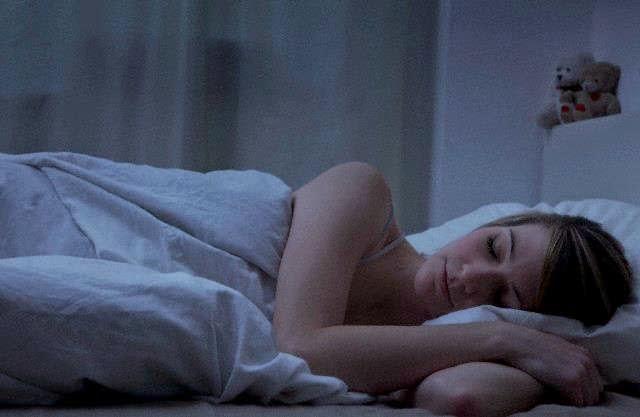 Tidur Dalam Gelap Membantu Cepat Hamil