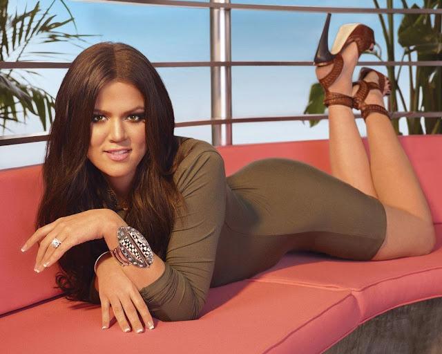 Khloe Kardashian 8K Wallpaper