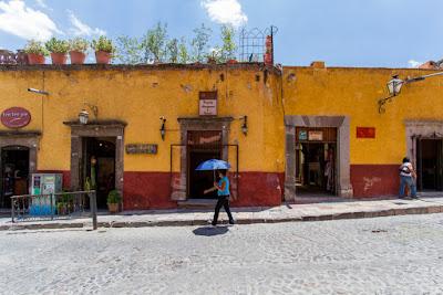 En San Miguel de Allende (Guanajuato, México), by Guillermo Aldaya / PhotoConversa