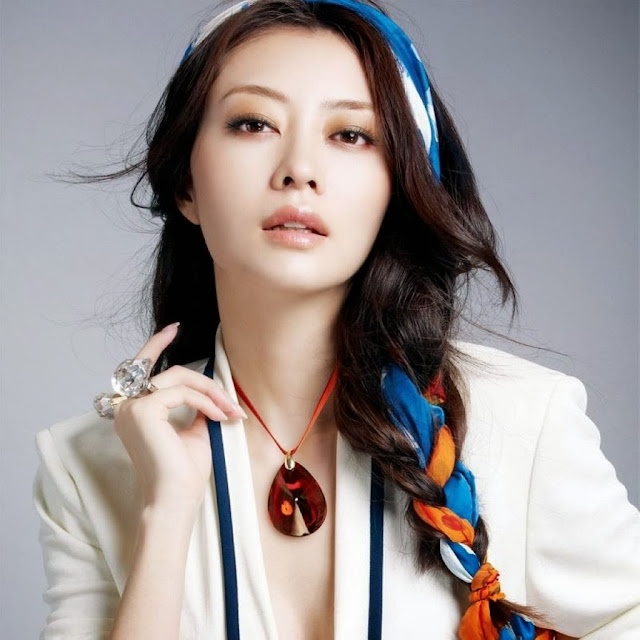 Chinese Super Model And Actress Lynn Hung HD Wallpapers