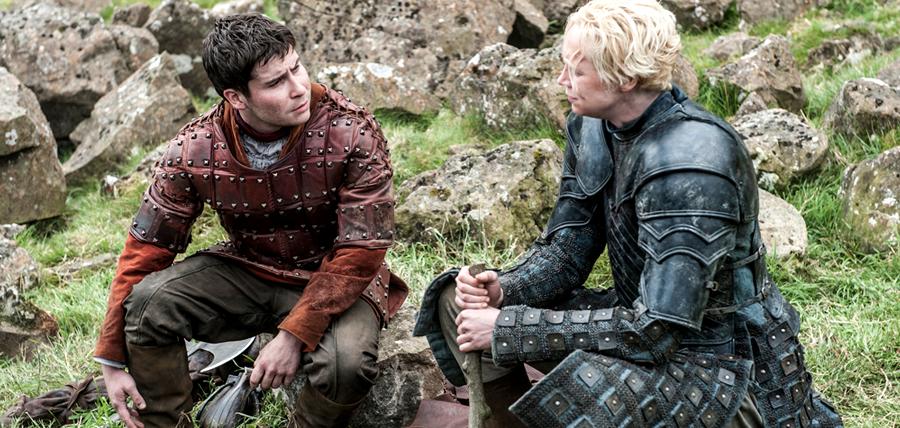 Brienne of TarthDaniel Portman în rolul Podrick Payne şi actriţa Gwendoline Christie în rolul Brienne of Tarth