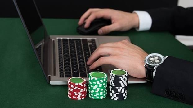 Poker8M.com Agen Poker Online Dan Capsa Online Terbaik Terpercaya di Indonesia 17