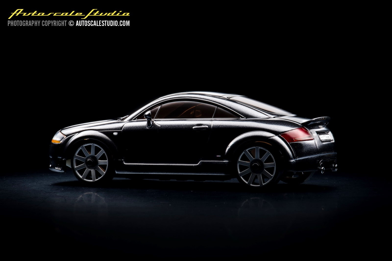 mzx406bk audi tt coup quattro s line black autoscale studio. Black Bedroom Furniture Sets. Home Design Ideas