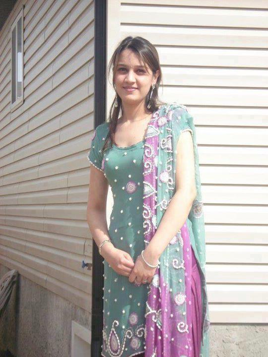 Muslim Girl Wallpapers For Mobile Phones City Mianwali So Cute Pakistani Punjabi Girls Or Indian