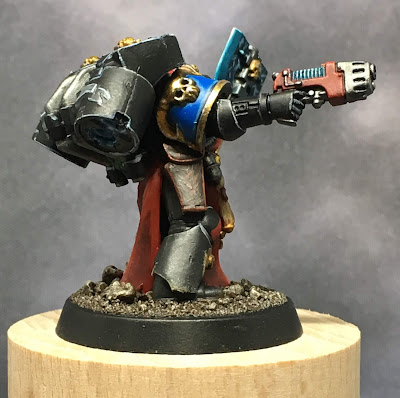 Deathwatch Librarian with Jump Pack right side