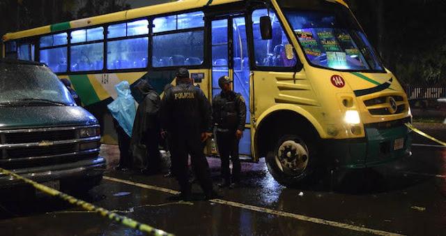 Asaltan el mismo autobús y se matan a balazos por egoístas