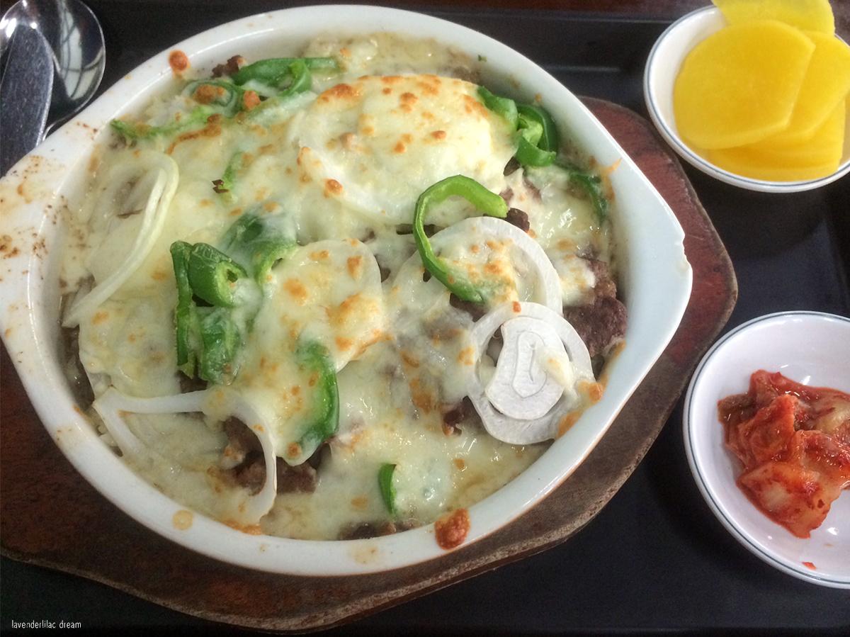 South Korea, Seoul, Sinchon, YISS 2014, Yonsei University, Student Union lunch - Bulgogi gratin
