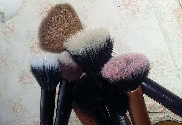 Nettoyer ses pinceaux, une étape indispensable #laminutebeauté