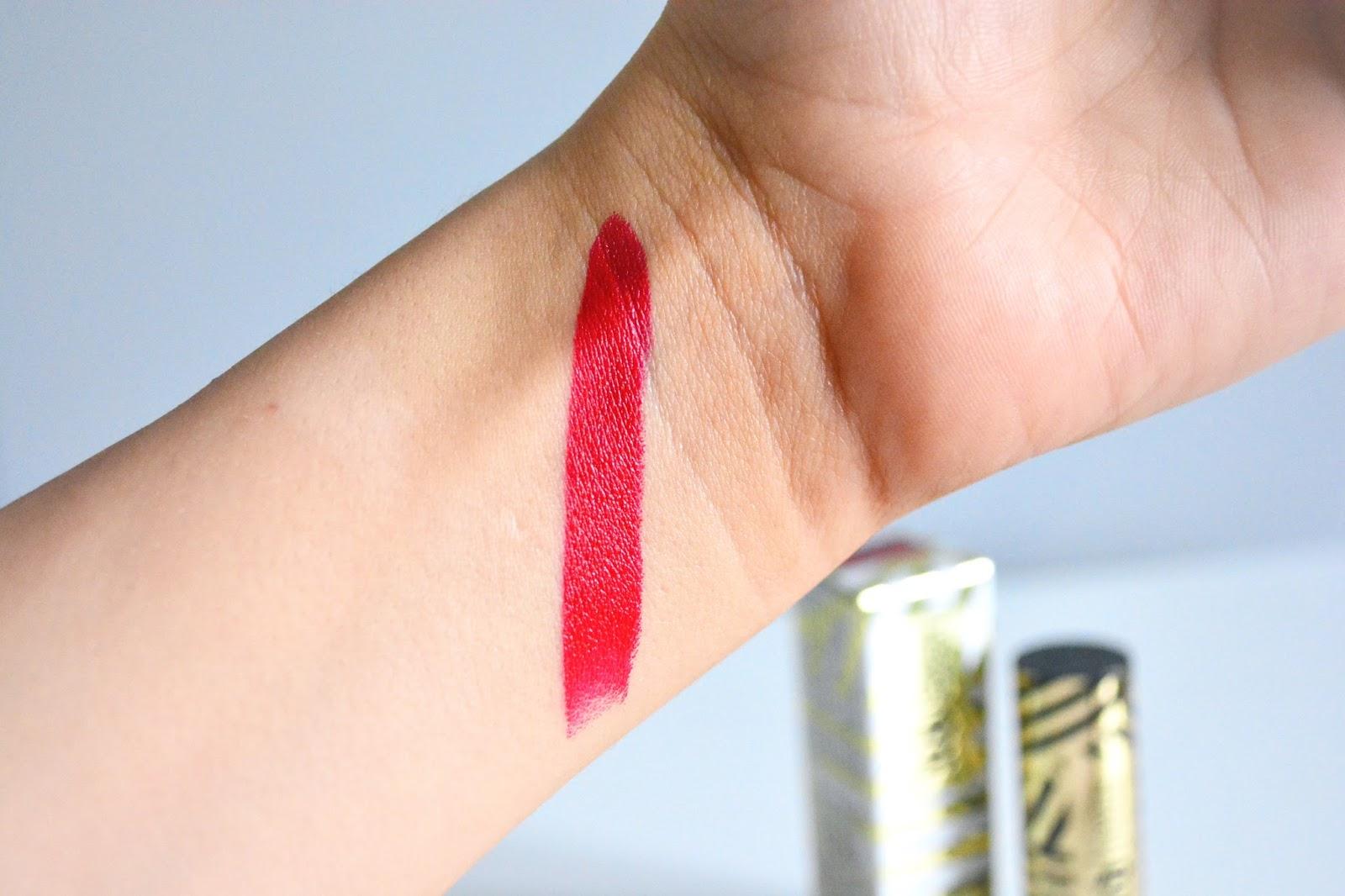 Gwen Stefani Lipstick, Gwen Stefani, Lipstick, Red Lipstick, Makeup, Urban Decay,