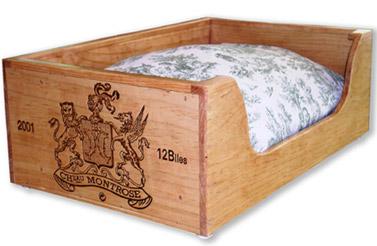 bricoles et girandoles que faire avec des caisses vin. Black Bedroom Furniture Sets. Home Design Ideas