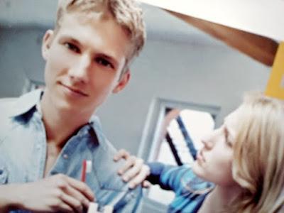 Gambar 3 Hal Penting Yang Harus Didiskusikan Dengan Pasangan Sebelum Menikah