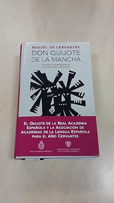 """Entrega de los """"Quijotes"""" a los ganadores de nuestro concurso: """"Cita a Cervantes y gana un Quijote""""."""