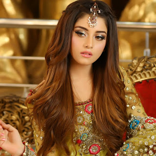 Awesome Photos of Alizeh Shah Bridal Photoshoot By Kashees