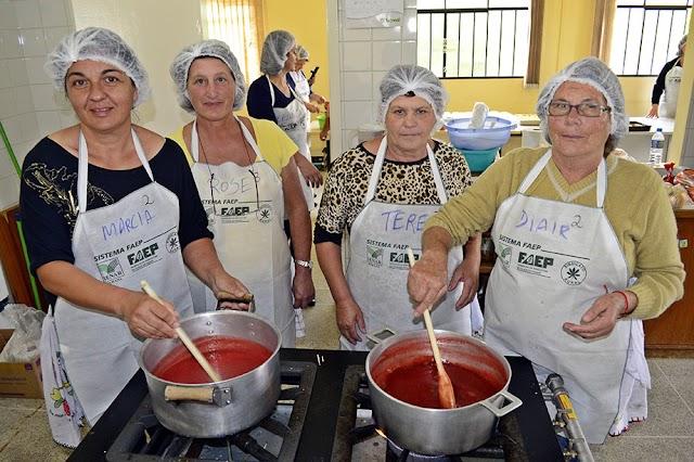 Prefeitura  dá curso de Doces e Geléias em Colombo