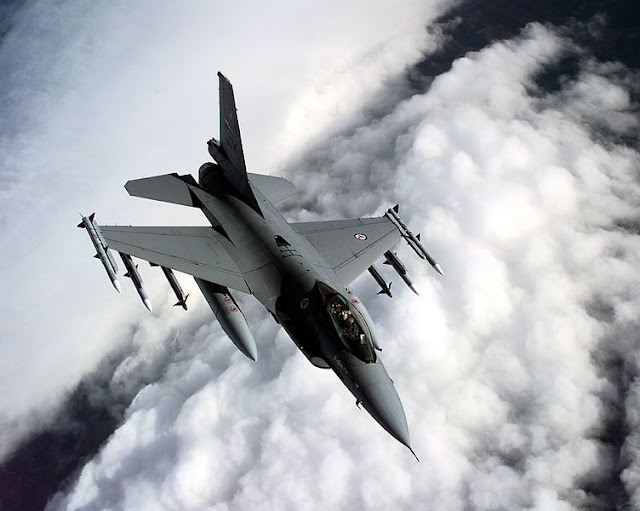 F-16AM Norwegia over Balkan   Credit: Wikimedia Image