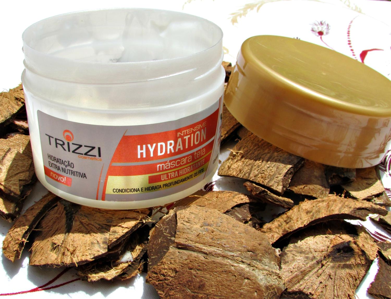 Máscara teia ultra hidratante da Trizzi Cosmetics, com óleo de argan e silicones especiais, deixa os cabelos macios, sedosos e com brilho intenso.