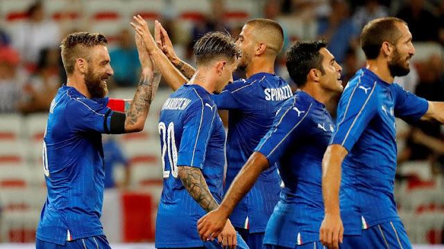 Italia Gasak Uruguay 3-0