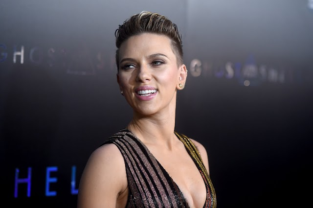 Scarlett Johansson vive novo amor