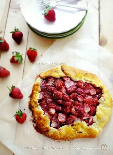 Strawberry Galette| Çitra's Home Diary