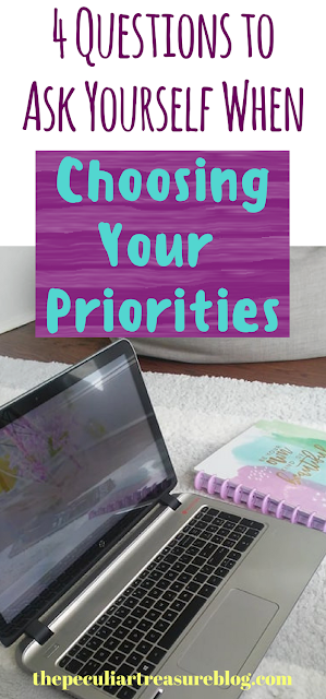 4 Questions To Ask Yourself When Choosing Your Priorities. Are you prioritizing the right tasks in order to reach your dreams? | #dreams #goals #hustle #priorities