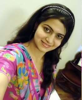 charming real girl pic, College girl pic, Real college girl photo, lovely Indian girl pic
