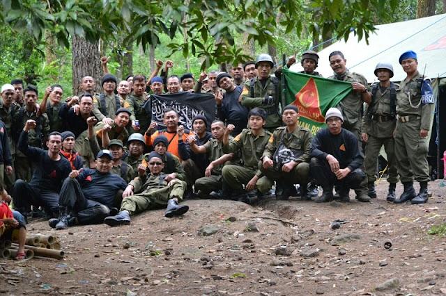 Tolak Ahok, Laskar Hisbullah Sunan Bonang Solo Lakukan Persiapan Militer