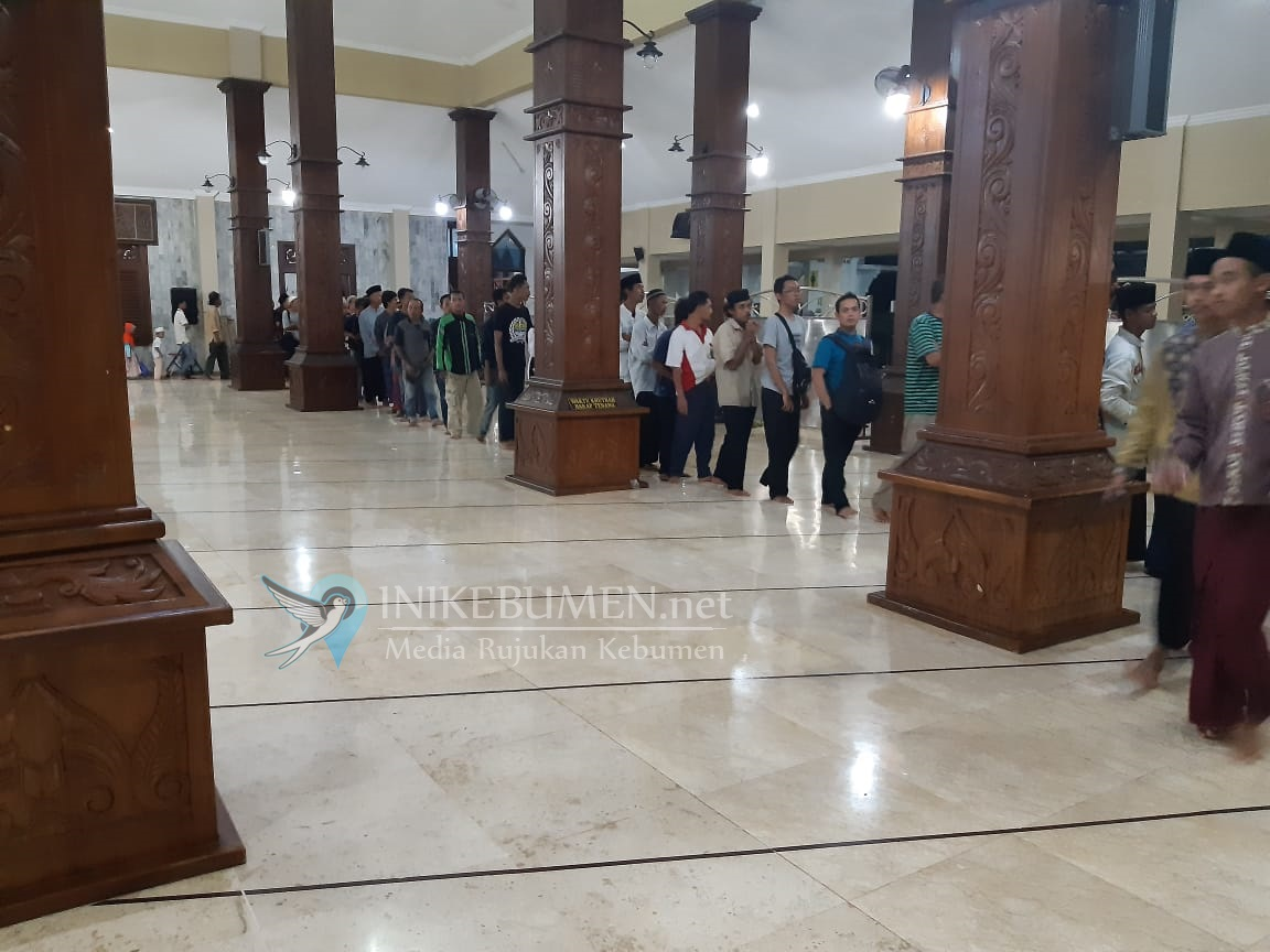 Asyik Juga, Berbuka Puasa di Masjid Agung Kauman Kebumen
