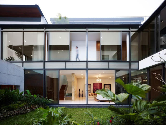 A Contemporary House Design in Singapore with Inspiring One Garden on Each Level A Contemporary House Design in Singapore with Inspiring One Garden on Each Level A 2BContemporary 2BHouse 2BDesign 2Bin 2BSingapore 2Bwith 2BInspiring 2BOne 2BGarden 2Bon 2BEach 2BLevel2