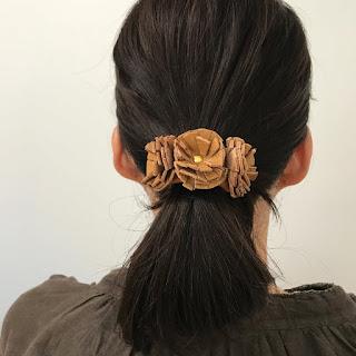 革花のヘアアクセサリー