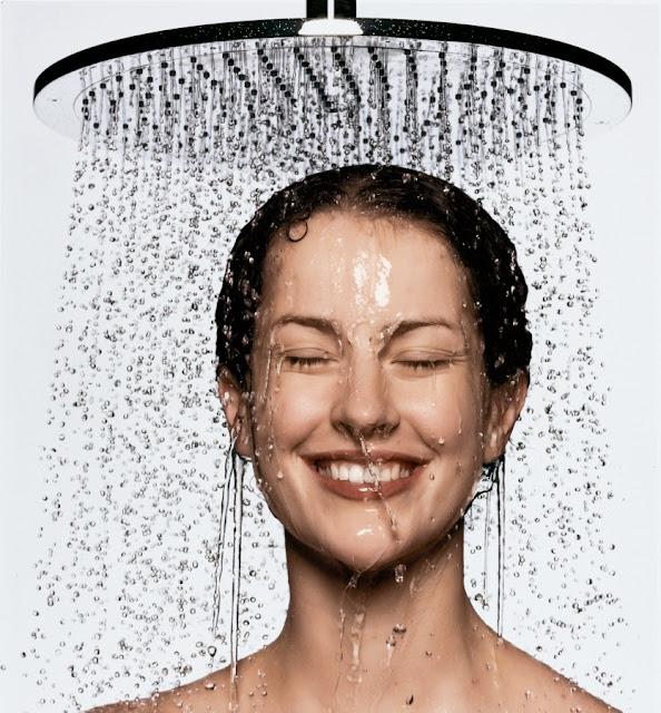 mandi di malam hari
