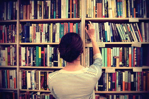 Resultado de imagem para livros tumblr
