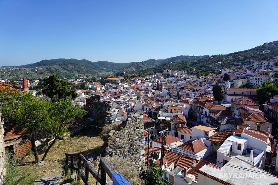 Skopelos - Czerwone dachy
