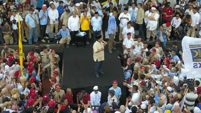 Prabowo: Itu Duit Ente Semua, Ambil Aja Duitnya Coblos Nomor 02